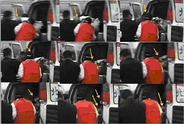 图16  放大图,推进救护车里的担架上没人