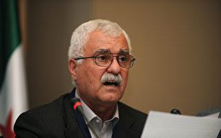 叙利亚反对党领导人乔治•萨布拉(George Sabra)日前在欧盟总部受访,他呼吁国际社会采取更有力的措施,制止悲剧继续发生。 (BULENT KILIC/AFP/Getty Images)