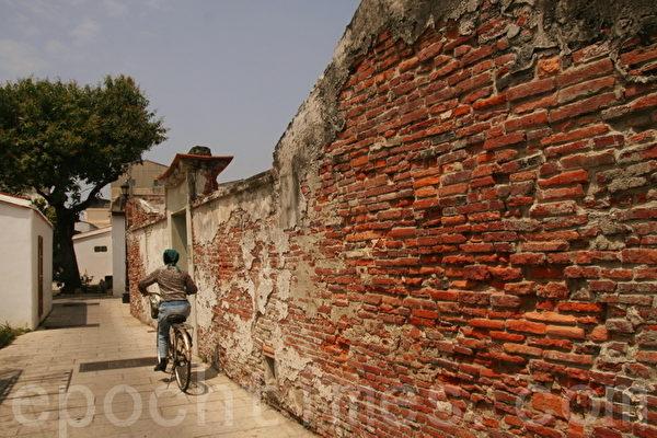 安平历史聚落最古老、最具代表性的屋墙(摄影:赖友容/大纪元)