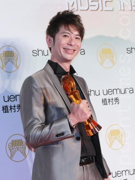 暫別歌壇多年再出發,荒山亮獲得金曲獎台語男歌手獎肯定。(攝影:許基東/大紀元)