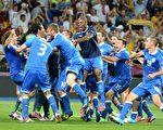 意大利通過點球大戰淘汰英格蘭隊,殺入四強。( AFP PHOTO / DAMIEN MEYER)