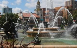 喷泉(摄影:杜国辉/大纪元)