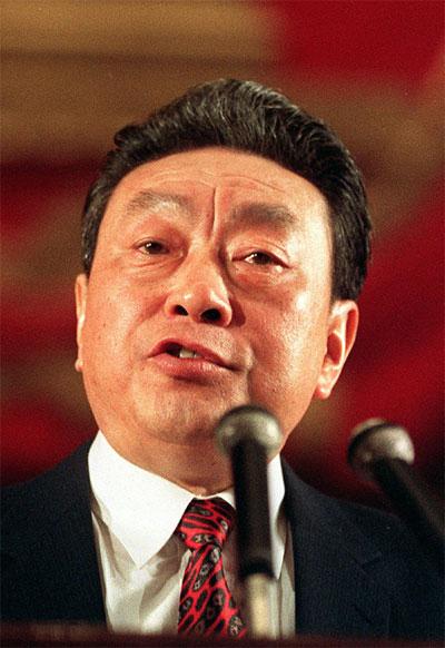 陈希同向邓小平揭发江泽民,江决定置陈希同于死地。(AFP)