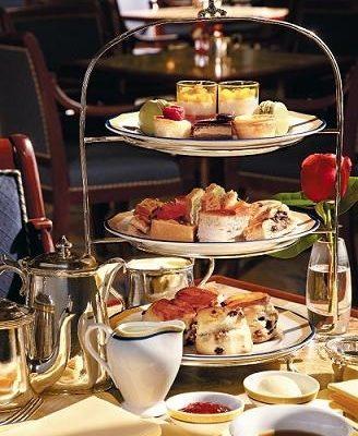 香港半島酒店的英式下午茶十分出名,而且歷史悠久,人均消費在300港元左右。(圖片/香港半島酒店提供)