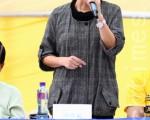 """香港屯门区议员、民主党中常委陈树英在2010年12月12日法轮功团体因应国际人权日举办的""""护人权 反迫害""""集会上发言。(摄影:潘在殊 / 大纪元)"""