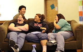 報告顯示,美國有12個州的肥胖率超過30%,肥胖症帶來的健康警訊值得關注。(Justin Sullivan/Getty Images)