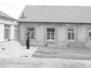 遼寧丹東樓房鎮小孤山7組發現屍體的農家大院。(網絡圖片)