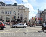 周六(8月4日)的伦敦市中心科芬园(Covent Garden)。(摄影:大纪元/李莹)