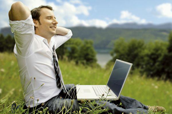 调整你的生活方式以让这些习惯引导你的成功。其中包括:找到一种能时时让自己沉静的健康作息方式;同时,每天确认正面的信念。(Fotolia)