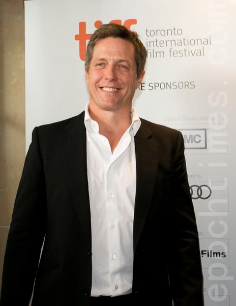 9月8日,金球獎影帝休‧格蘭特(Hugh Grant)參加《雲圖》全球首映禮。(攝影:李莎/大紀元)