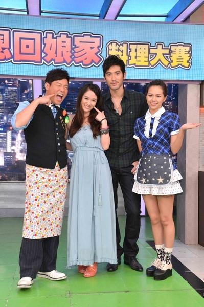 藝人陳喬恩日前「回娘家」,與高以翔一起參加《型男大主廚》節目錄影。(圖/三立提供)