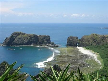 全世界只有3个海底温泉,其中一个就位于台东绿岛。(台东县政府提供)