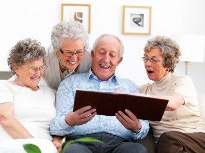 觉得自己的年龄比实际年龄轻的人,通常心理状态较健康、认知功能较佳,也较少慢性疾病,未来进医院的概率也较低。(Fotolia)