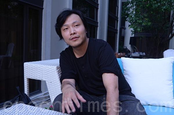 凭新作《我还有话要说》扬威的导演应亮。(摄影:张旭颜/大纪元)