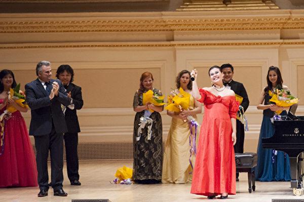 圖:來自台灣的選手女高音左涵瀛獲得了第六屆「全世界歌劇唱法聲樂大賽」女聲組金獎。(攝影:戴兵/大紀元)