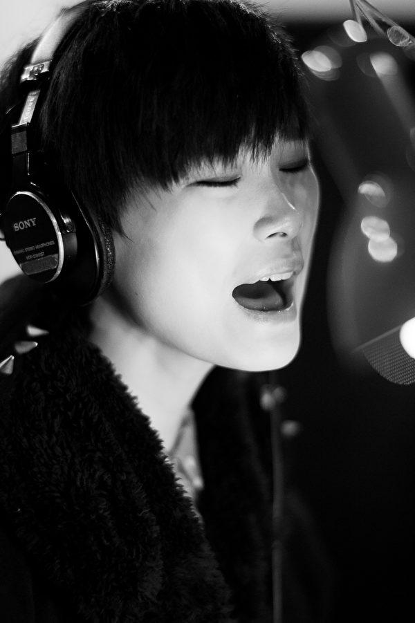 """李宇春承諾,神秘的""""血滴子""""也將以非常特別的方式現身演唱會。(圖/甲上提供)"""