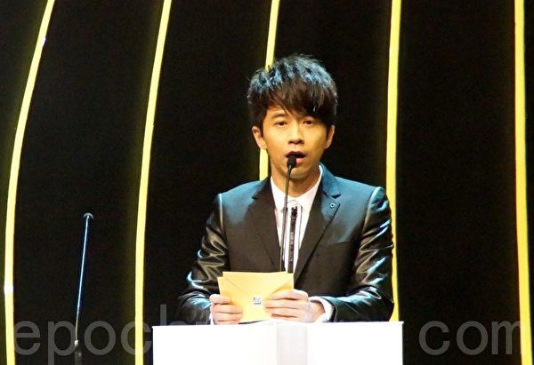 今屆再次擔任娛協獎宣傳大使的光良表達了他對大馬中文樂壇的期望。(攝影:楊曉慧/大紀元)