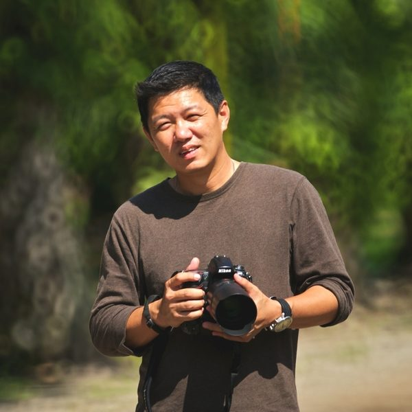 """作品《爱》的摄影者黄子嘉说:""""用心去看,感受到后毫不犹豫按下快门,这样拍出来的照片简单而单纯,而且最美。""""(图/黄子嘉提供)"""