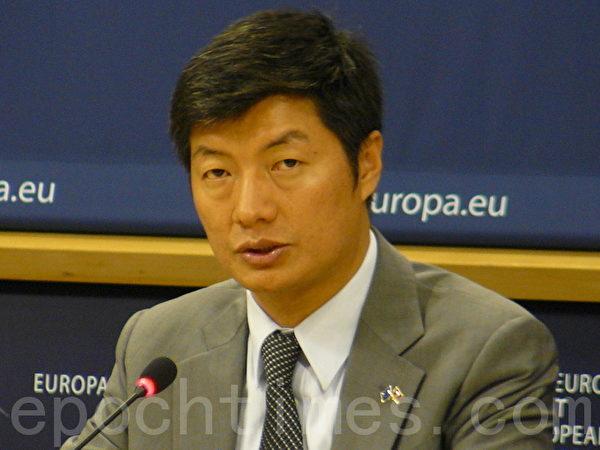 西藏流亡政府总理洛桑•桑盖到访欧盟呼吁关注中共专制下的西藏人权现状(摄影:李孜/大纪元)