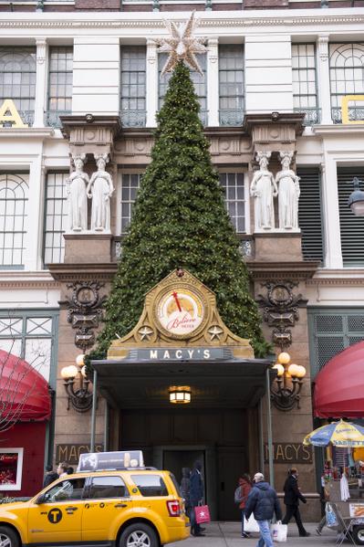 纽约梅西百货圣诞装饰(摄影:戴兵/大纪元)
