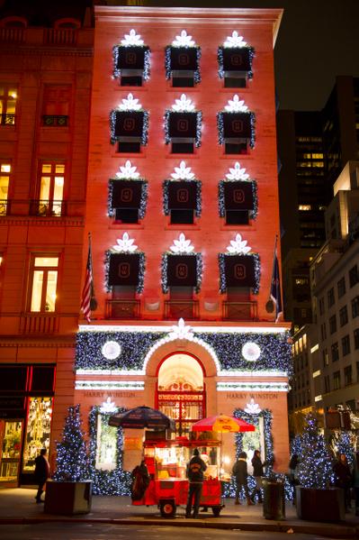 纽约第五大道  圣诞装饰(摄影:戴兵/大纪元)