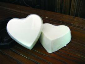 鸵鸟油皂(大鸵家观光休闲农场提供)