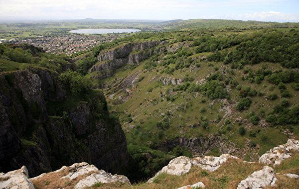 切达峡谷为英国第二大的自然奇观。(Matt Cardy/Getty Images)