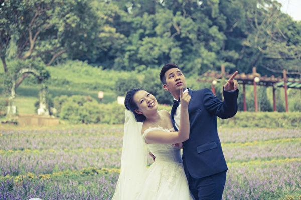 劉品言與黃健瑋甜蜜拍婚紗,戲外卻跑得喘不過氣。(圖/公視提供)