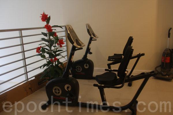健身器材。(摄影:沈一鸣/大纪元)