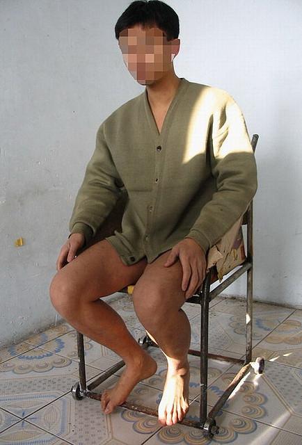 中共对法轮功学员实施的酷刑(大纪元资料图片)