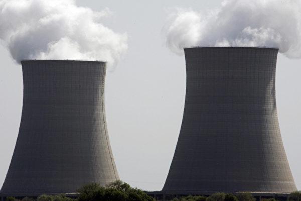 """图为现代的核反应堆一例--""""爱克斯龙电力公司""""(Exelon Corporation)的核反应堆。(JEFF HAYNES/AFP/Getty Images)"""