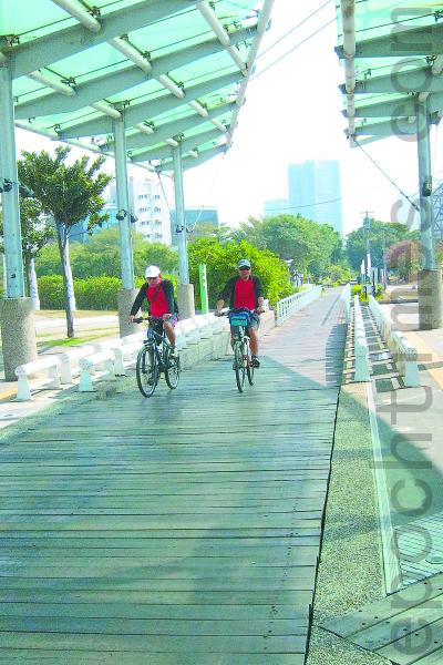 新光码头自行车道。(摄影:杨小敏/大纪元)