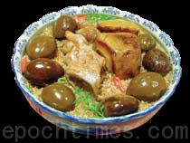 「豬腳滷蛋」奇石餐宴(攝影:白亞仕/大紀元)