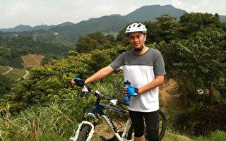 总统府发言人范姜泰基喜欢骑自行车,并意外发现跟儿子一起骑车,能更增进彼此了解,并分享彼此的生命。 (范姜泰基提供)