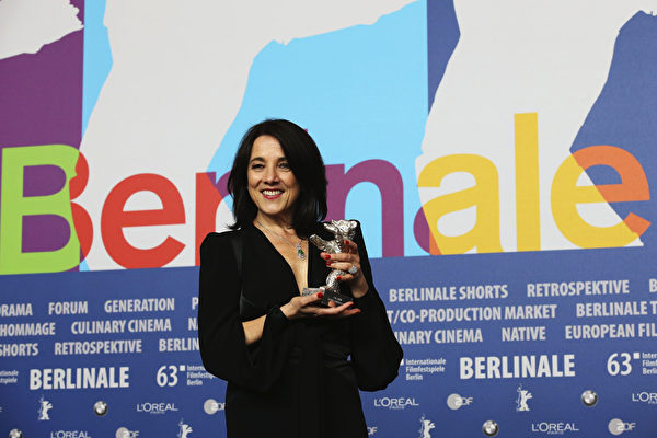 宝琳娜•加西亚(Paulina Garcia)获得最佳女演员奖。(Dominik Bindl/Getty Images)