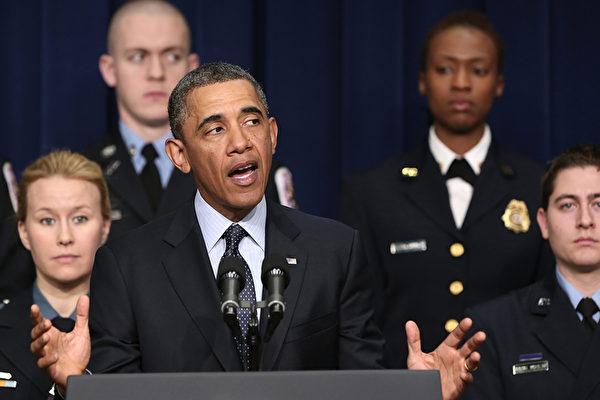 美国总统奥巴马2月19日在白宫举行记者会,针对3月1日起美国政府的全面减支计划将自动启动,他再次顿足美国国会在未来9天内,紧急制定一项短期方案,阻止全面减支对正在回暖的美国经济和就业带来伤害。(Win McNamee/Getty Images)