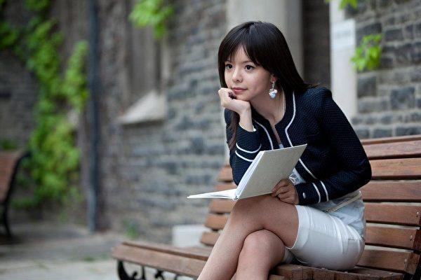 2013加拿大世界小姐的决赛选手Anastasia Lin,目前在多伦多大学攻读戏剧表演和国际关系的双学位。(由Anastasia Lin提供)