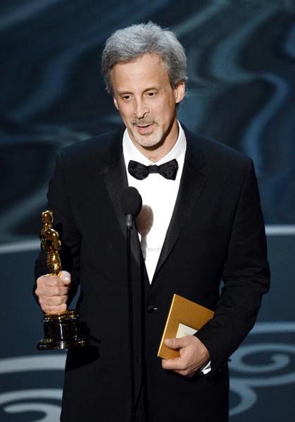 William Goldenberg凭借《逃离德黑兰》荣获最佳剪辑奖。(图/Kevin Winter/Getty Images)