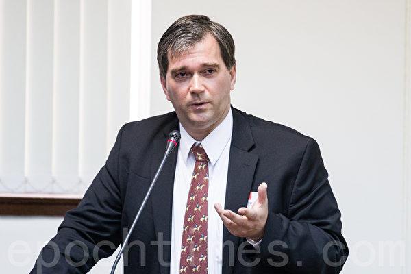 反强制器官摘取医师组织主席托斯顿‧特瑞(Torsten Trey)。(摄影:陈柏州 /大纪元)
