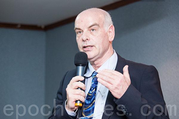 以色列Sheba医疗中心心脏移植部主任雅各・拉维(Jacob Lavee)。(摄影:陈柏州/大纪元)