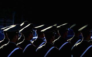 军队腐败案很少公开,因为那会大大动摇军心,民心。但军队腐败的程度,比地方上,有过之而无不及。(Photo by Guang Niu/Getty Images)