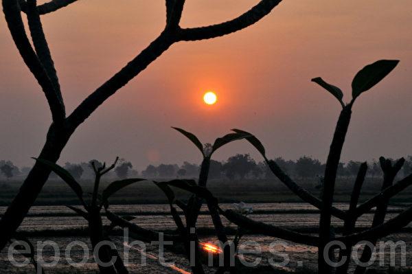素可泰的黎明很浪漫(摄影:明国/大纪元)
