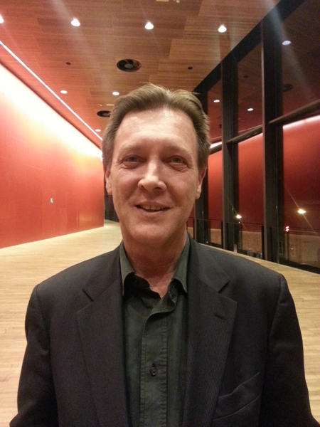國家歌劇院芭蕾舞俱樂部前主席Manfred Tichy先生表示,神韻改變了他對中國的看法,在這裡他「看到了一個不同的中國」。(攝影:安然/大紀元)