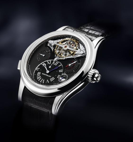 Villeret 1858系列陀飞轮计时腕表(ExoTourbillon),全台限量1只,NT$9,100,000(万宝龙提供)