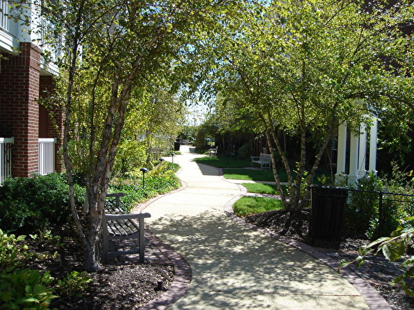 寧靜舒適的居所。(圖片提供:The Gardens of Traville Senior Apartments)