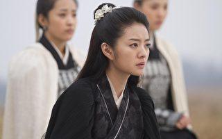 安以轩在新片中客串演出,饰演吴尊的恋人。(图/博伟提供)