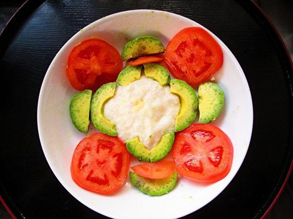古早味蕃茄沙拉(摄影:家和/大纪元)