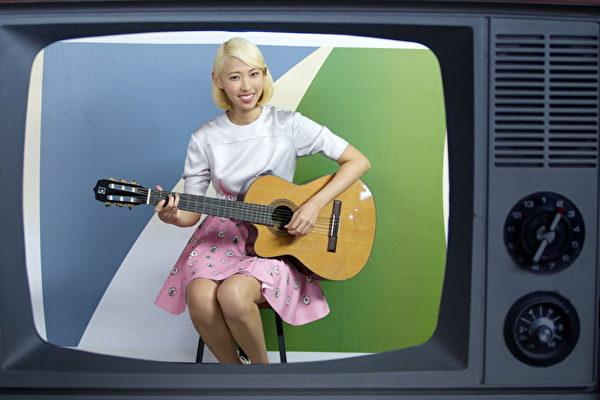 王若琳3支MV一天拍完   眼睛疲勞不能聚焦