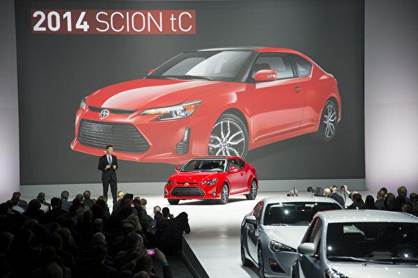 2013纽约国际车展 2014 SCION tC(摄影:戴兵/大纪元)