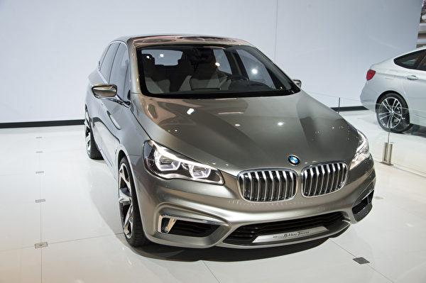 2013纽约国际车展 BMW Active Tourer(摄影:戴兵/大纪元)